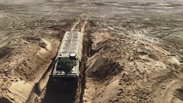 """Video: Raketový operativně-taktický """"hrom"""". Ruské strategické cvičení Hrom 2019 pod vedením Putina - Sputnik Česká republika"""