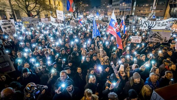 Pochod Za slušné Slovensko v Bratislavě - Sputnik Česká republika