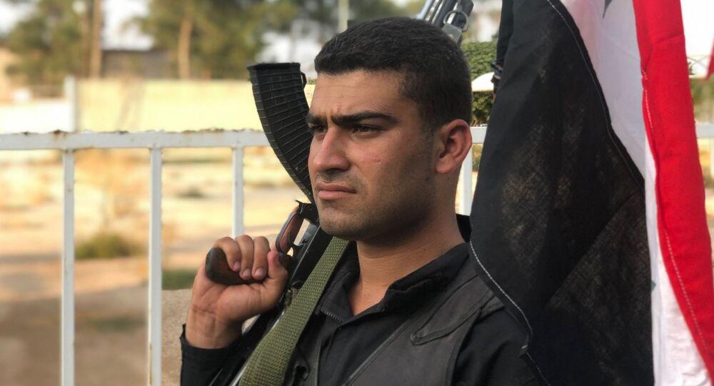 Voják syrské vládní armády
