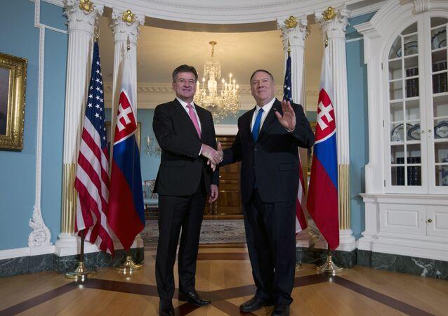 Slovenský ministr zahraničí Miroslav Lajčák a státní tajemník USA Mike Pompeo