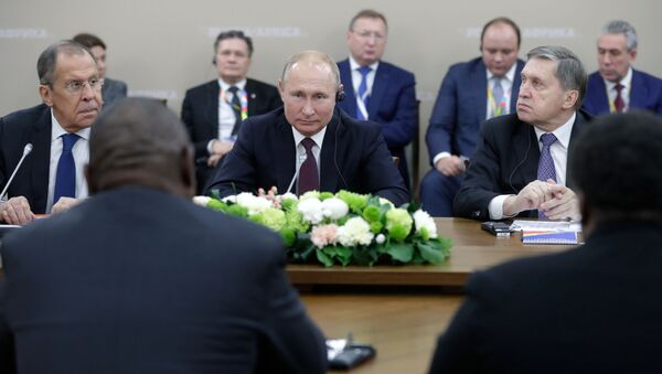 Vladimir Putin v Soči na summitu Rusko-Afrika - Sputnik Česká republika
