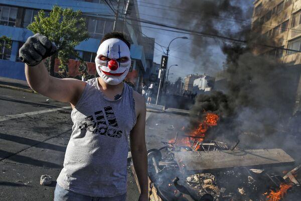 Demonstrace v hlavním městě Chile Santiagu. - Sputnik Česká republika