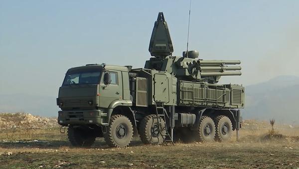 Video: Rusko posiluje vojenskou přípravu srbské armády cvičeními s Pancir–S1 a S-400 Triumf - Sputnik Česká republika