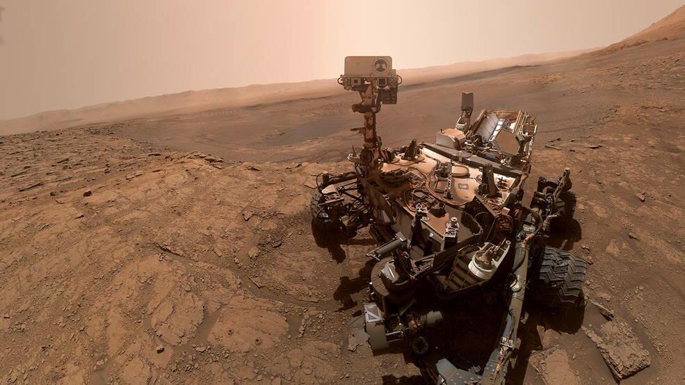 Selfie sondy Curiosity na Marsu.