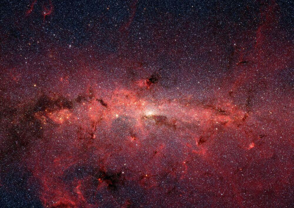 Galaktické středisko Mléčné dráhy, které vyfotil teleskop Spitzer.