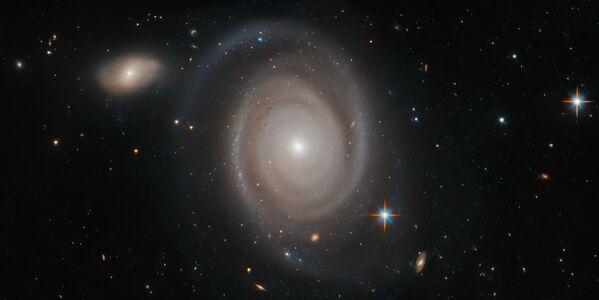 Spirální galaxie NGC 1706 v souhvězdí Mečouna. - Sputnik Česká republika