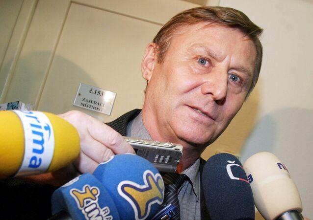 Miroslav Grebeníček vysvětlil, jak to bylo s oběťmi invaze 1968 doopravdy. Výrok poslance se mnohým nebude líbit