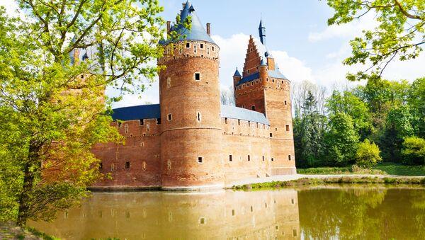 Belgický hrad Beersel - Sputnik Česká republika