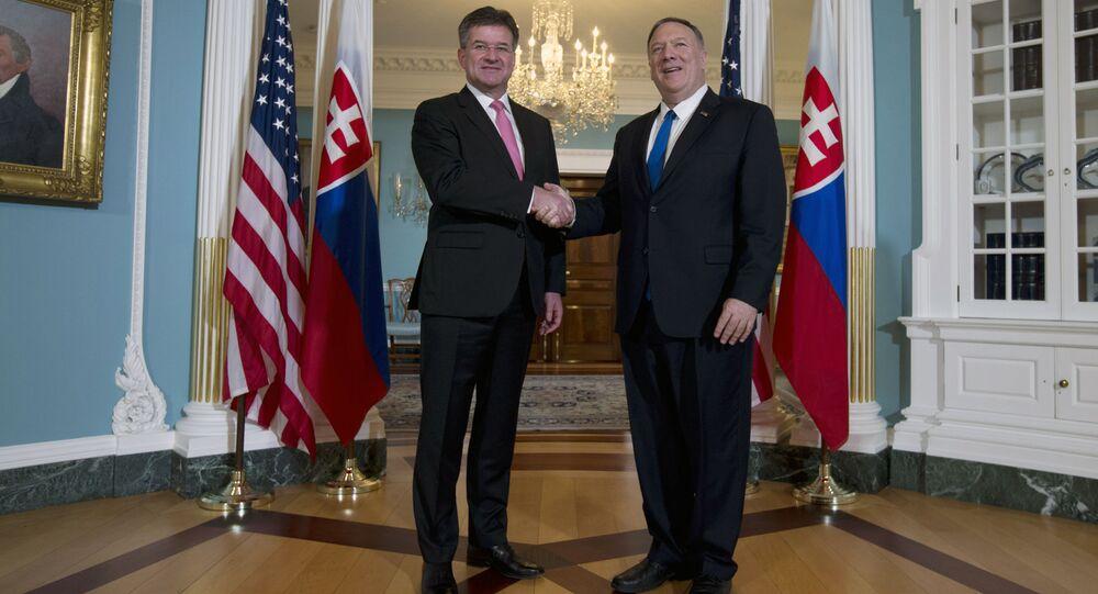 Ministr zahraničních věcí Slovenské republiky Miroslav Lajčák a Ministr zahraničí USA Mike Pompeo dne 22. října 2019