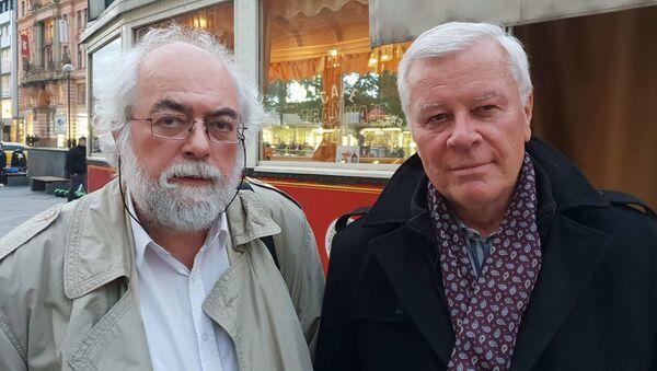 Zleva: bezpečnostní analytik Jan Schneider, PhDr. Josef Skála, CSc., komunista a marxista na volné noze - Sputnik Česká republika