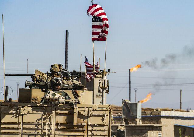Američané v okolí ropného ložiska v Sýrii