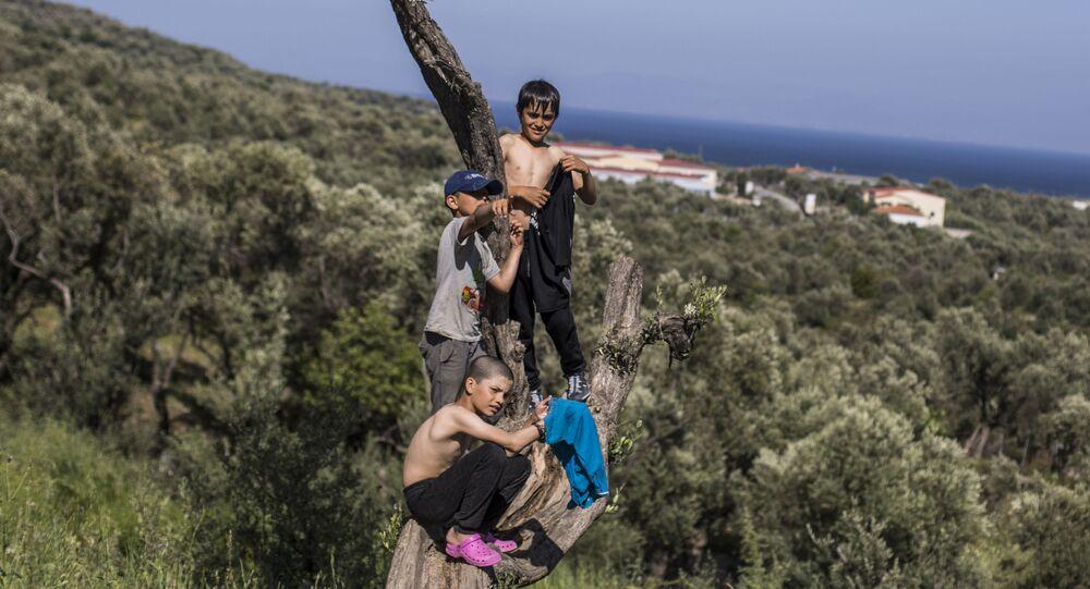 Děti v uprchlickém táboře Moria na ostrově Lesbos v Řecku