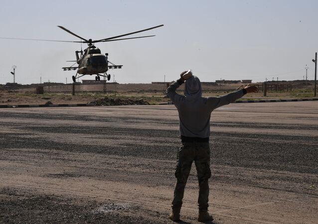 Vrtulník Mi-8 v Dajr az-Zaur