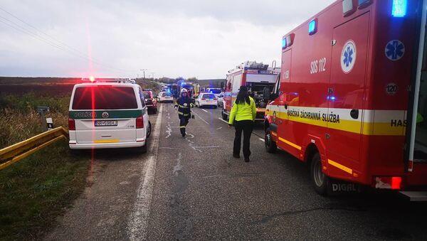 Nehoda na Slovensku u Nitry  - Sputnik Česká republika