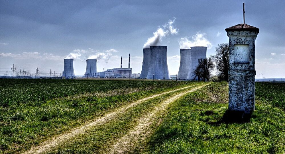 Jaderná elektrárna Dukovany v Česku