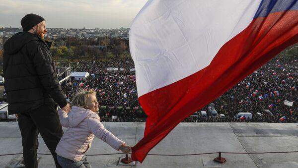 Protivládní protest v Praze v České republice - Sputnik Česká republika
