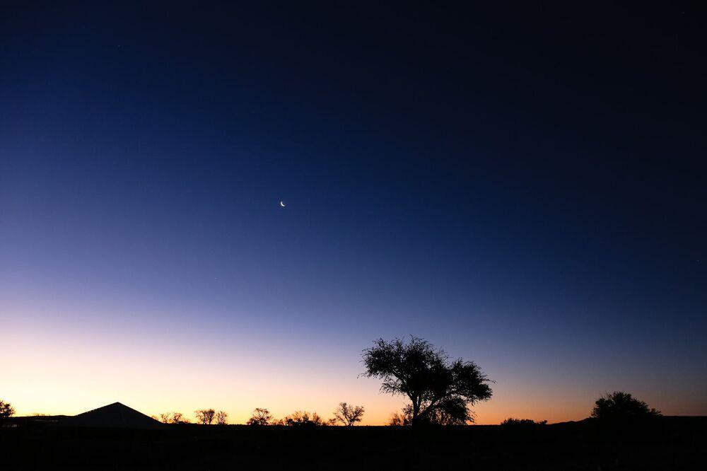 Noc v poušti Kalahari