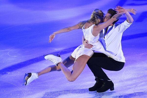 Ruský pár Viktoria Sinicina a Nikita Kacalapov na Grand Prix v krasobruslení v Moskvě. - Sputnik Česká republika
