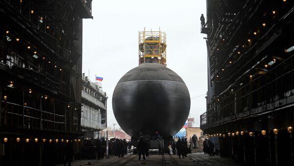 Slavnostní spuštění na vodu ponorky Petropavlovsk-Kamačtskij projektu 636.3 v Petrohradě - Sputnik Česká republika