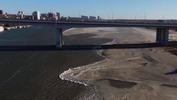 Šokující záběry ukazují neobyčejný a nebezpečný jev na jedné z největších řek Ruska - Sputnik Česká republika