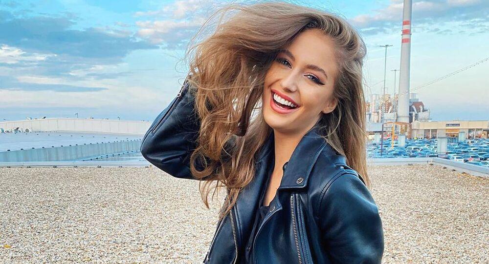 Česká modelka Nikola Uhlířová