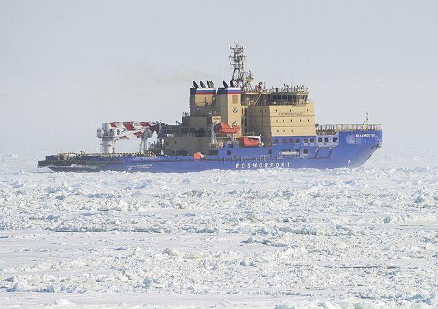 Ledoborec Vladivostok