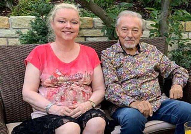 Český zpěvák Karel Gott se svou dcerou Dominikou