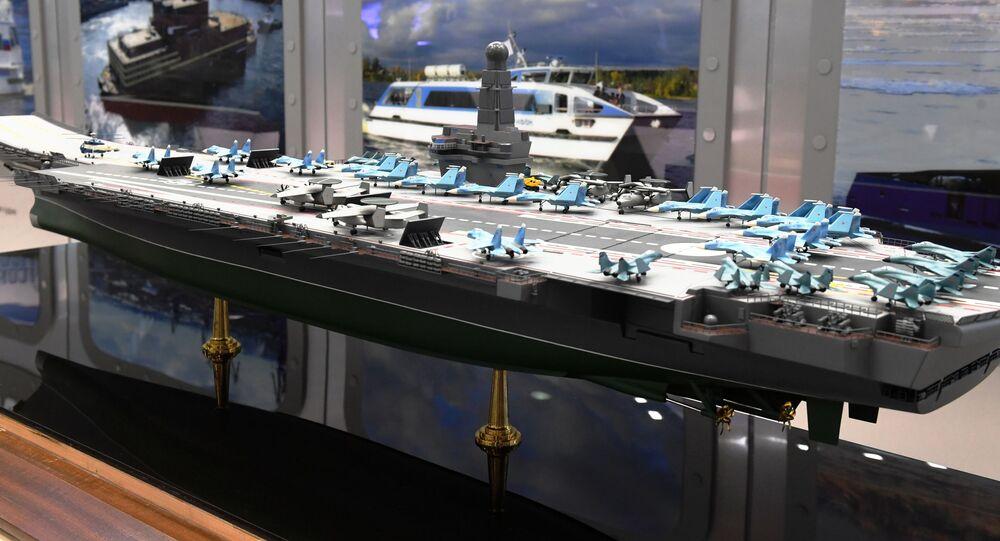 Maketa nové ruské letadlové loďě