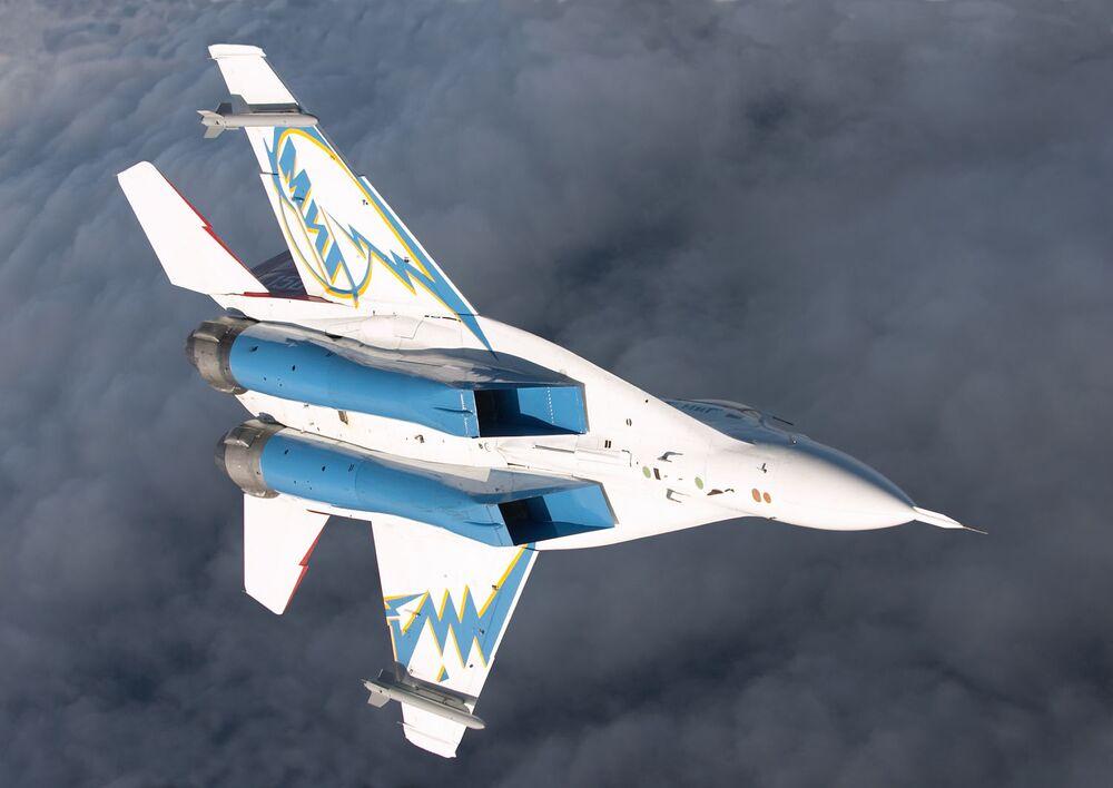 Ruský víceúčelový stíhací bombardér MiG-29OVT