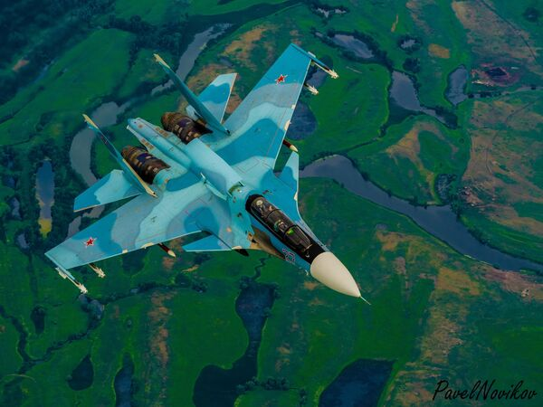 Ruská víceúčelová dvoumístná stíhačka generace 4+ Su-30 - Sputnik Česká republika
