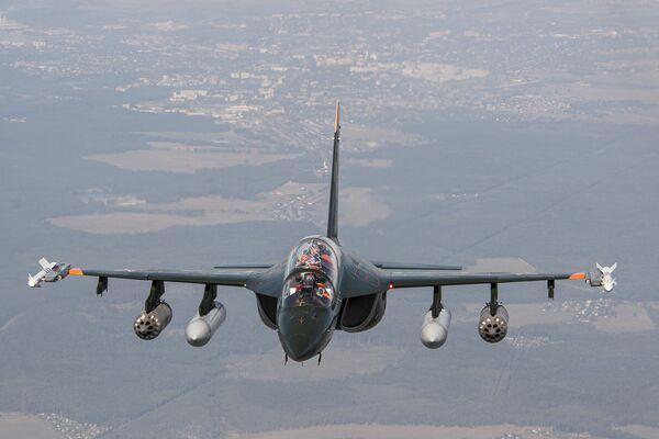 Ruský bojový cvičný letoun Jak-130 - Sputnik Česká republika