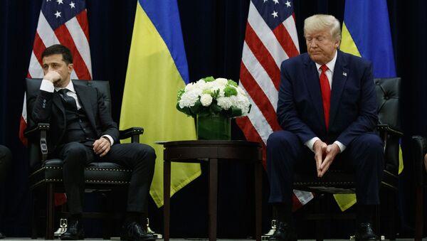 Prezidenti USA a Ukrajiny Donald Trump a Volodymyr Zelenskyj na schůzce v New Yorku (25. září 2019) - Sputnik Česká republika