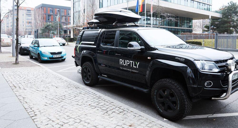 Automobil videoagentury Ruptly. Ilustrační foto
