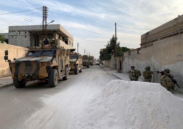 Turečtí vojáci na severu Sýrie