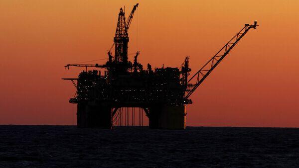Ropná plošina u pobřeží Mexika - Sputnik Česká republika