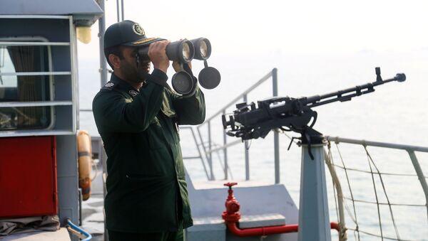 Íránský voják - Sputnik Česká republika