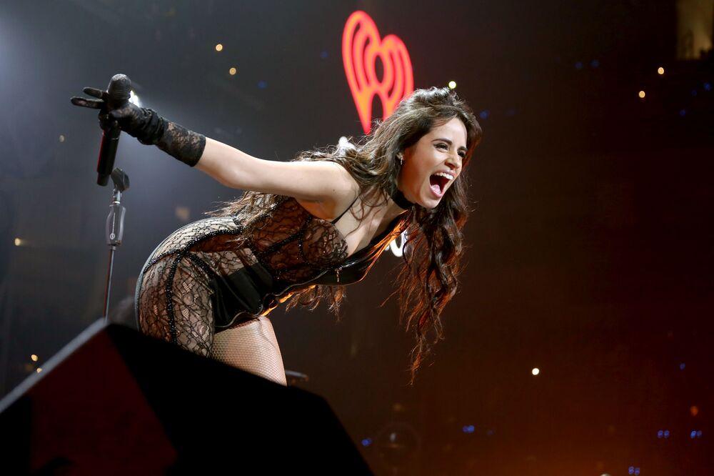 Zpěvačka Camila Cabellová během jejího vystoupení v Dallasu.
