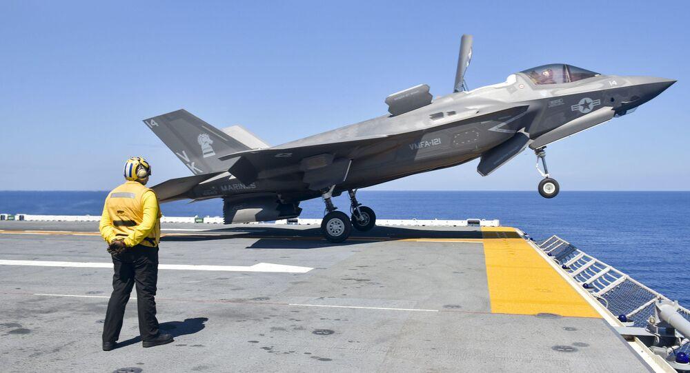 Americká stíhačka F-35B Lightning II