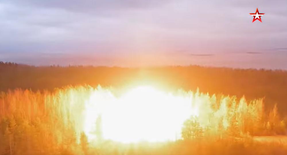 Video: Obrovská exploze! V Rusku inscenovali skutečnou výbušnou vlnu při jaderném výbuchu u velitelského bunkru raketových vojsk