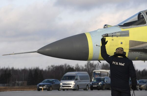 Zkoušky MiGu v Luchovickém leteckém závodu - Sputnik Česká republika