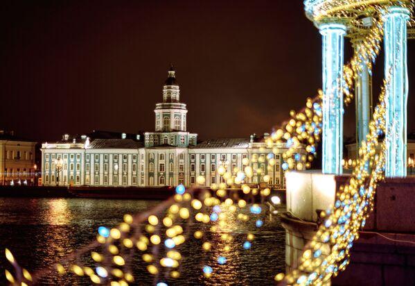 Výhled  z Palácového mostu v Petrohradě na muzeum Kunstkamera - Sputnik Česká republika