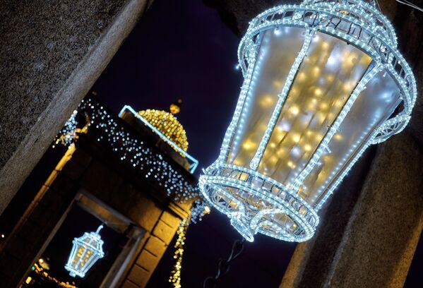 Vánoční výzdoba na Mostě Lomonosova - Sputnik Česká republika