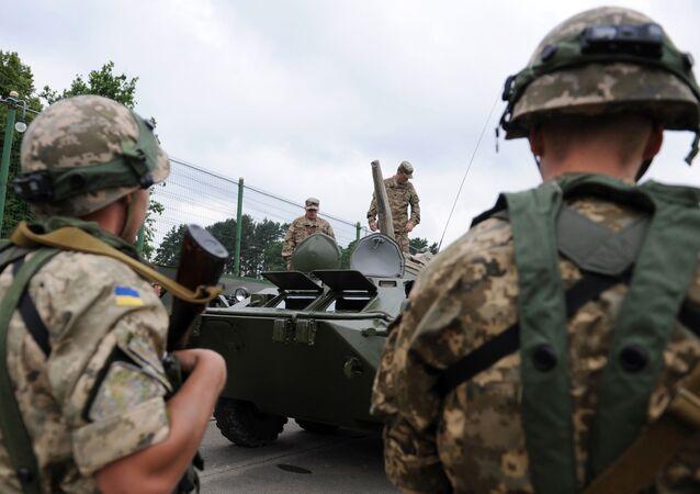 Američtí vojáci během cvičení na Ukrajině