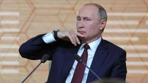 Ruský prezident Vladimir Putin na každoroční velké tiskové konferenci (19. 12. 2019) - Sputnik Česká republika