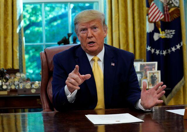 Americký prezident Donald Trump v Oválné pracovně Bílého domu
