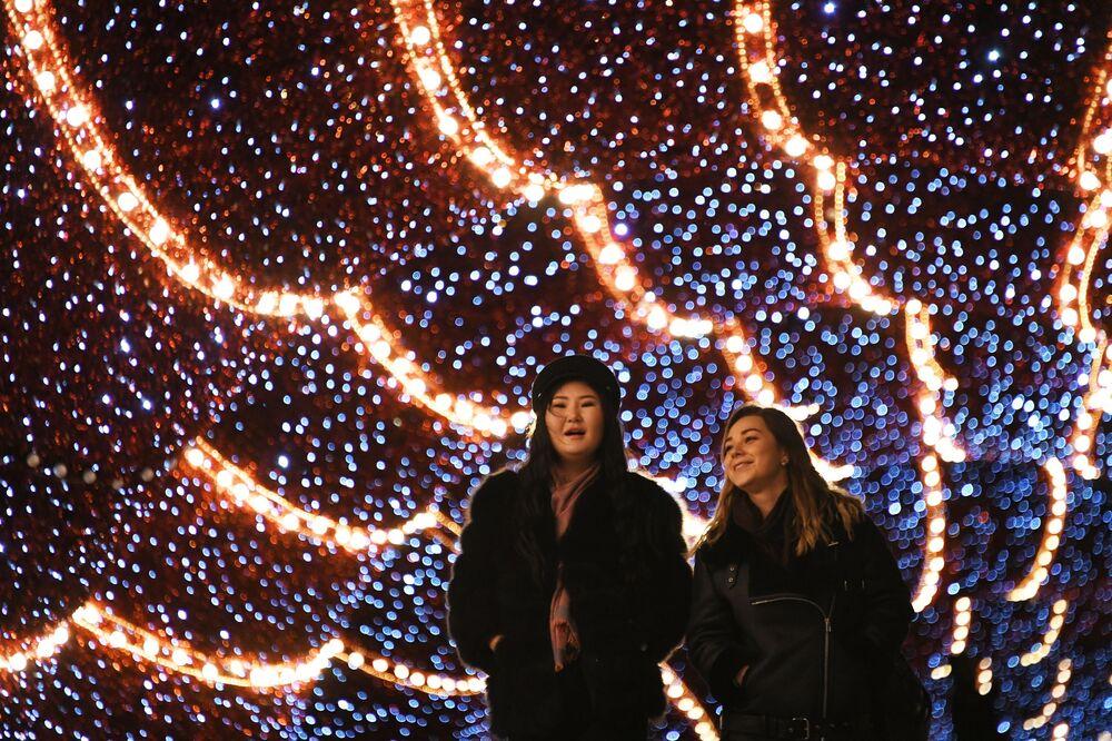 Světelné diody dodávají městu pohádkovou atmosféru