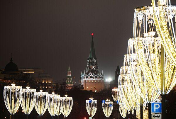 Vánoční iluminace na Kremelském nábřeží - Sputnik Česká republika