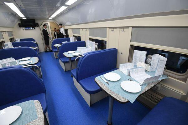 Restaurační vůz vlaku Tavria - Sputnik Česká republika