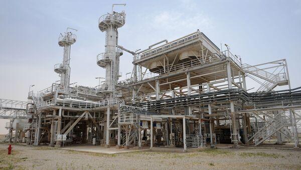 Továrna na zpracování plynu v syrském městě Furqlus - Sputnik Česká republika