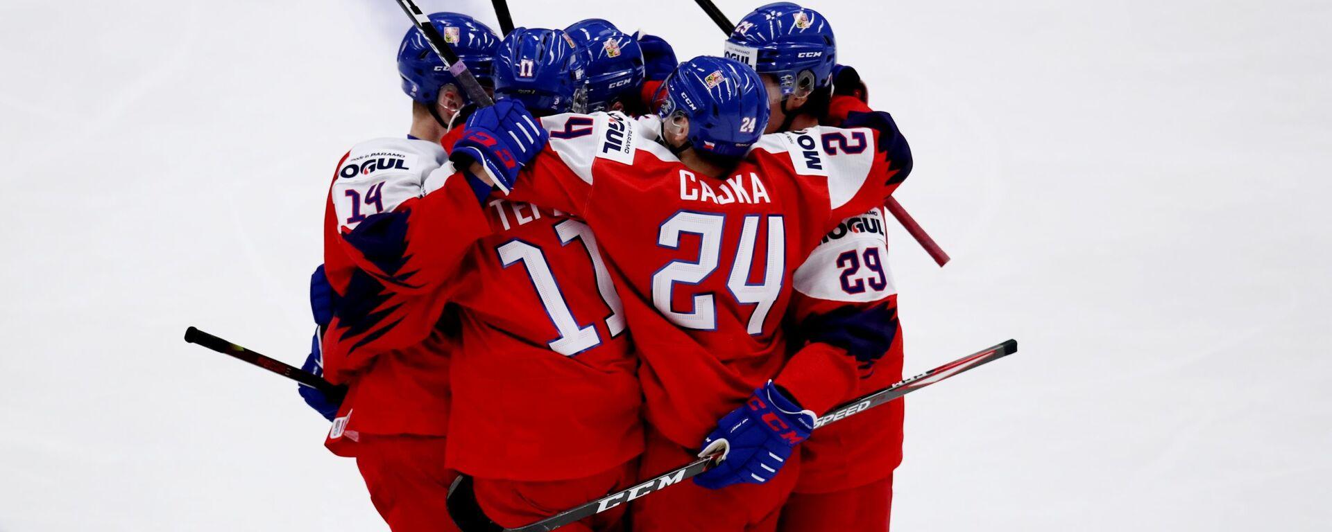 Čeští hokejisté po vstřelené brance do sítě hokejistů Ruska v prvním zápase MS hokejistů do 20 let v Ostravě - Sputnik Česká republika, 1920, 24.05.2021